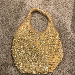 Sequin day purse.